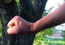 Отработка удара рукой с разворота