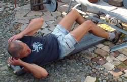 Подъем туловища из положения лежа с поворотами