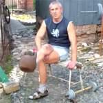 Разгибание ног, сидя