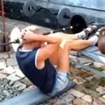 Подъемы туловища из положения лежа, с ногами на возвышении